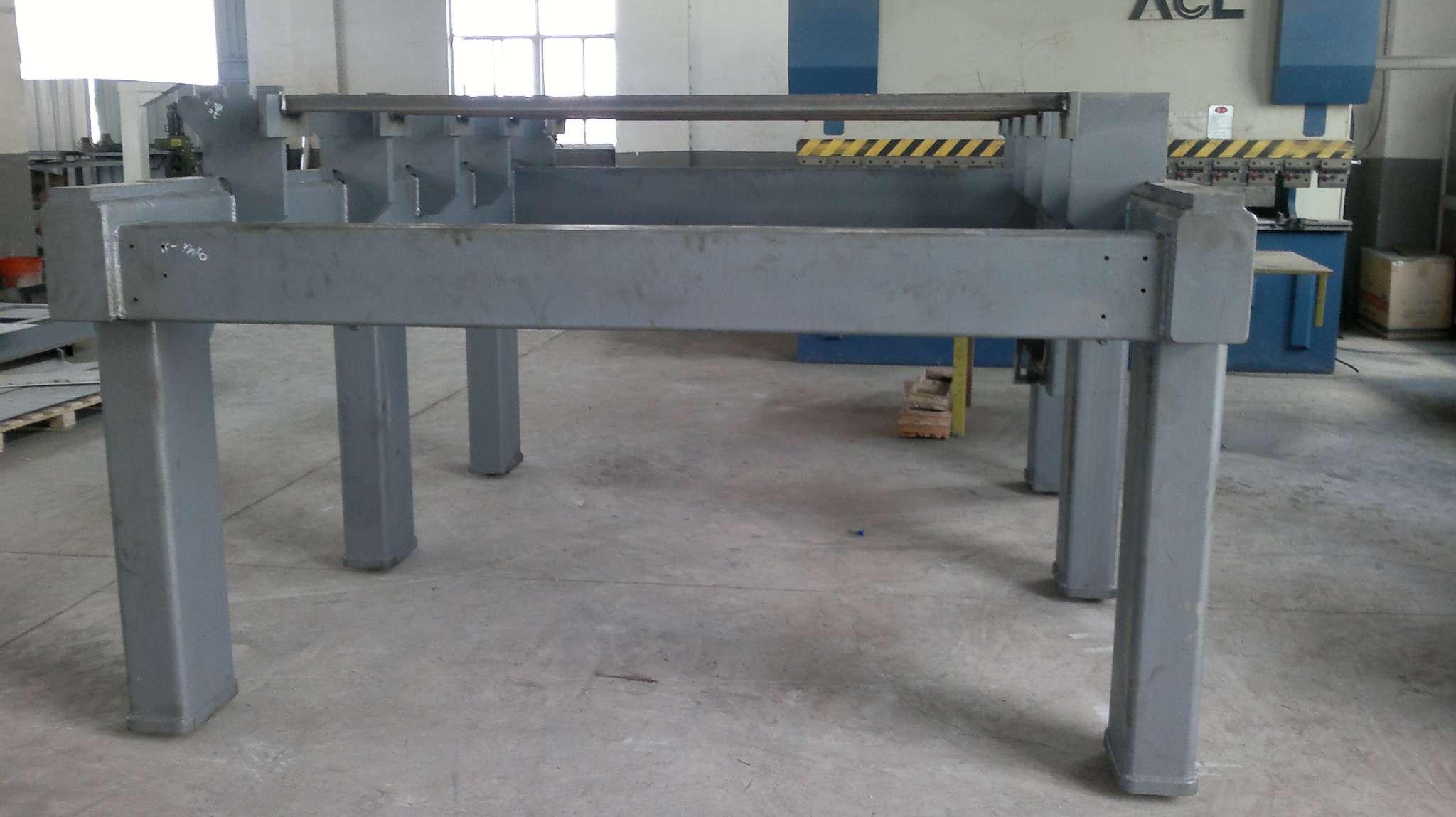 机床底座焊接件